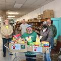 Oakland Branch donates food to local Food Pantry
